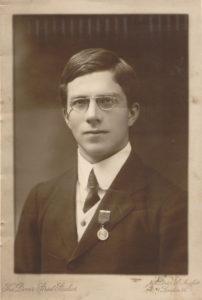 Fisher'in gençken çekilmiş fotoğrafı